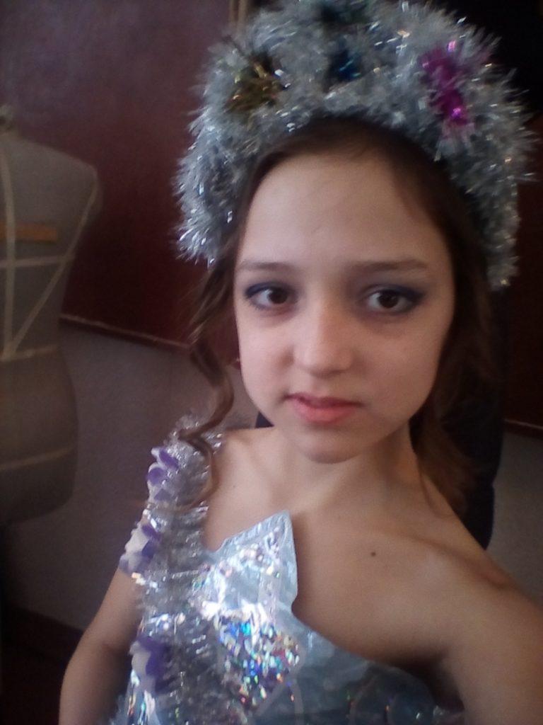 Naďa Brechova, 14, tanečnice, Lugansk, LLR