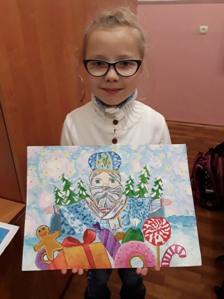 Varvara Kaika, 10, klavíristka, kreslířka, zpěvačka, Doněck, DLR