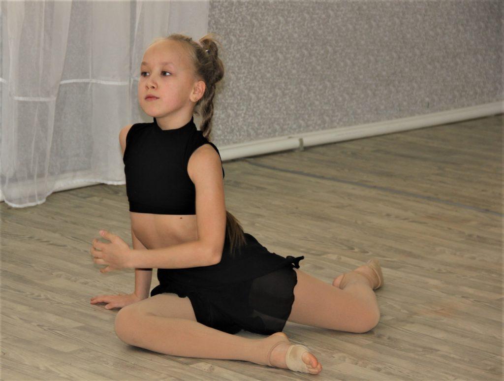 Arina tancuje na festivalu Avantgard, květen 2020